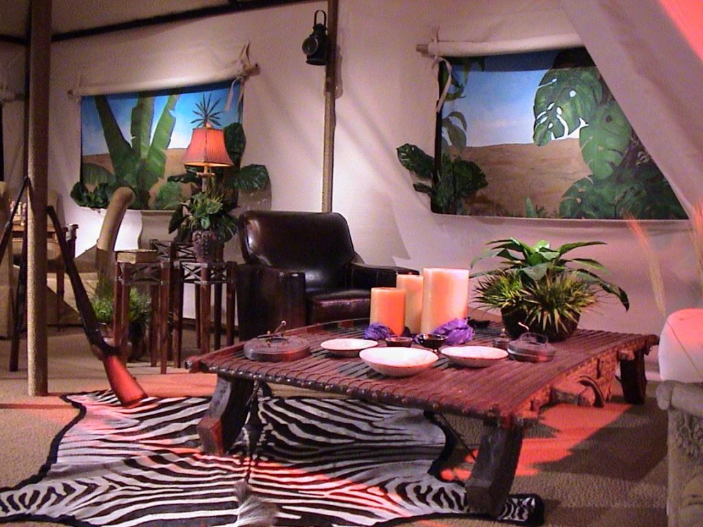 Safari-Tent-Interior-Detail
